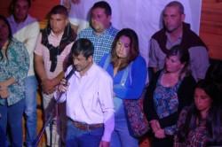 Acompañado de su gente, Silvio Boudargham va por la reelección en Cholila.