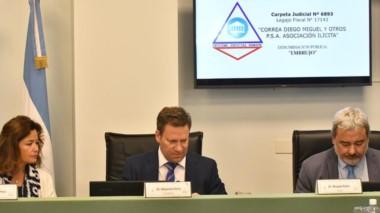 Trío. Desde la izquierda, Pérez, Soñis y Rolón deberán decidir si la mitad del grupo elude el juicio oral.