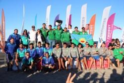 La ceremonia de premiación se llevó a cabo en la costa madrynense. El podio del handball.