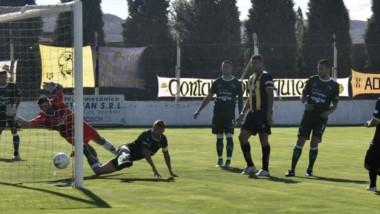 Pese a la igualdad en casa, Deportivo Madryn sigue liderando la Zona A de la Reválida del Federal A.