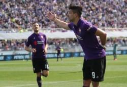 Con Gabriel Batistuta en la platea, Simeone hizo un gol con gran definición como para que