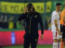 La furia de Sebastián Beccacece tras el empate con Unión.