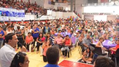 Pronunciamiento. Maderna felicitó a los organizadores y deslizó que tanta presencia le da optimismo para enfrentar las primarias del domingo.