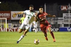 Sarmiento igualó 1-1 con Deportivo Morón en Junín y sigue siendo el único puntero.