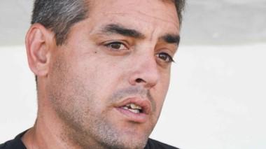 Thiago Errazú, el técnico cuestionado por Gino Clara.
