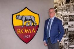 Claudio Ranieri fue presentado como director técnico de la Roma.