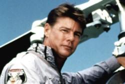 El último papel de Vincent en cine fue en el drama White Boy (2002).  Sin embargo siempre será recordado como el piloto de helicóptero Stringfellow Hawke de la serie Lobo del aire.