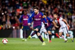 El rosarino no falló desde los once pasos. Piqué y Suárez marcaron los otros goles.