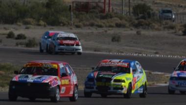 Tomás Pugnaloni y Maxi Valle fueron los mejores de la clasificación ayer. Las series las correrán hoy.