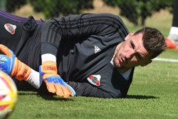 Mañana atajará Germán Lux. Franco Armani quedó fuera de la lista de convocados.