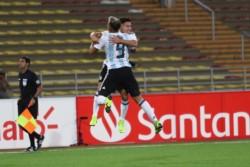 Argentina se floreó ante Paraguay y se metió en el Mundial.