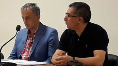 Abel Reyna junto a su defensor Guillermo Iglesias. Fue condenado.