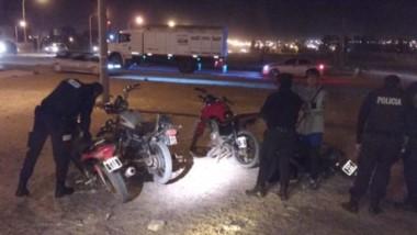 Los procedimientos ocurrieron en sectores, donde buscaron controlar el tránsito de motocicletas.