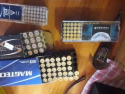 La policía incautó una importante cantidad de municiones