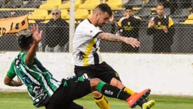 """El equipo del """"Chopi"""" continúa con su fortaleza jugando en el estadio """"Abel Sastre"""" de Puerto Madryn. Ahora intentará hacerse fuerte afuera."""
