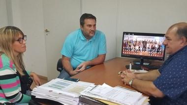Gisel Morón visitó a Néstor García, ministro de Turismo de Chubut.