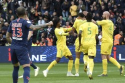 PSG una vez más hipotecó dar la vuelta olímpica en la Ligue 1. Ahora, perdió 3-2 ante Nantes.