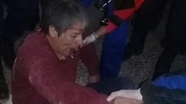 Oscar Romero con heridas en el momento de la intervención policial.
