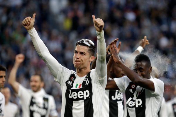 Juventus derrotó a Fiorentina y festejó en Italia. Dybala logró su noveno título con Juventus, aunque hoy no estuvo por lesión.