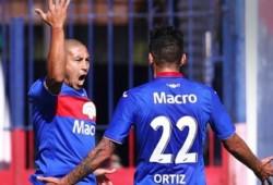 Tigre le ganó un partidazo a Colón: perdía 2-0 y con un jugador menos, lo terminó dando vuelta gracias a un gol del Chino Luna.