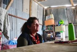 """Gabriela Olivera, responsable de """"El Refugio"""", no para de trabajar y transmitir lo que niños, desde bebés hasta pasando la adolescencia viven allí"""