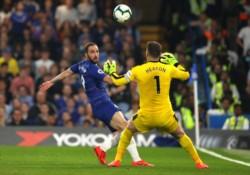 Con un gol del Pipita Higuaín, Chelsea igualó 2-2 frente al Burnley por la fecha 35 de la Premier.