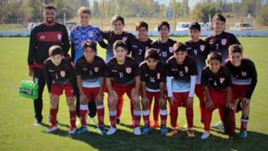 Las categorías de Huracán volvieron a participar de la actividad oficial, organizada por la Liga del Valle.