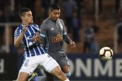 Godoy Cruz juega ante Sporting Cristal con la necesidad de triunfar para seguir en la Copa Libertadores.
