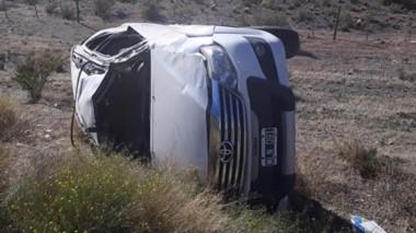 Así quedó la camioneta en la que se desplazaban los vecinos de Playa Unión cuando iban hacia Esquel.