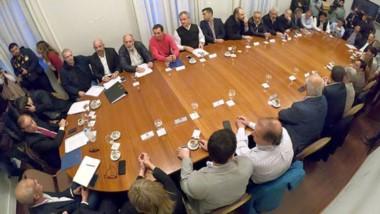 Cumbre. La reunión por la deuda con Cammesa esta vez se dio con la presencia de los intendentes.