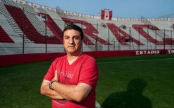 """Noveno interinato al frente del primer equipo de Huracán. Mañana Nestor Apuzzo se hará cargo de la práctica en la """"Quemita""""."""