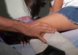 Dos hermanas de la víctima, de 19 y 22, fueron apresadas junto a un hombre de 62 que había pagado por los servicios sexuales de la menor. (Archivo)