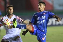 Gran momento deportivo para Barracas Central. Campeón de la B Metro, ascenso a la B Nacional, y victoria 1 a 0 a Unión en cancha de Arsenal.