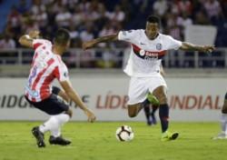 Pese al mal partido en Barranquilla, a la derrota con Junior, San Lorenzo paso de ronda por el triunfo del Palmeiras frente a Melgar.