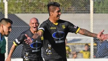 Deportivo Madryn vencó por la mínima diferencia a Chaco For Ever en condición de local, en el inicio de la tercera fase de la Reválida.