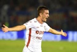 Gran partido del Tate que venció 2-1 en su visita a Tigre. Mauro Pittón convirtió el segundo.