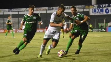 Marcaron Garnier y Orsini de penal para el Verde de Junín. Gabriel y Enzo Díaz, los goleadores del elenco de Caballito.