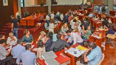 El trabajo comenzó ayer en la Legislatura a buen ritmo y se espera que para el viernes se termine todo el proceso con el conteo de Comodoro.