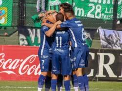 Independiente Rivadavia empató a domicilio 2-2 ante Nueva Chicago y selló su boleto a semis del Reducido.