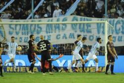 El Decano sacó una importante ventaja de cara al partido de vuelta y hoy se define la serie en Nuñez.