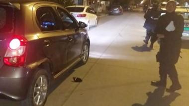 Así quedó el auto de la víctima luego de los golpes con el caño.