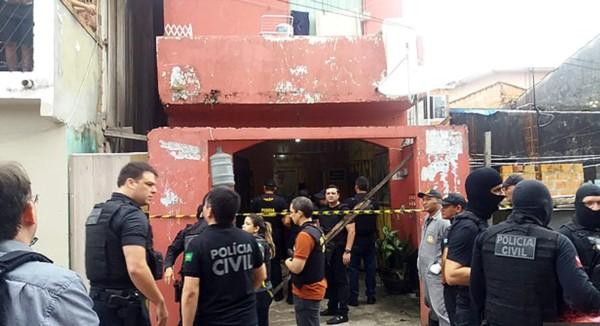 Masacre en Brasil: pistoleros mataron a 11 parroquianos de un bar