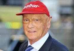 Niki Lauda, el legendario campeón mundial de Fórmula 1 cuya extraordinaria vida fue una de las mayores muestras de valentía en el deporte .