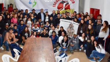 El Campeonato Provincial de Boxeo fue presentado por Maderna en el quincho del club Independiente.