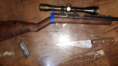 La carabina calibre 22 fue secuestrada por falta de documentación.