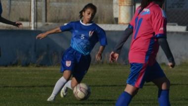 Huracán demolió por 4-0 a Deportivo Roca en condición de local y sumó su partido invicto número 23.