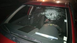 Imagen del auto siniestrado (foto @elpatagónico)