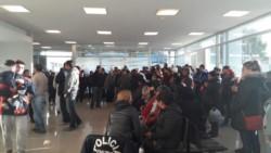 Los exempleados de Alpesca se manifestaron en Tribunales (foto @launicamadryn)
