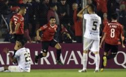 Independiente mejora su imagen y clasifica a tercera fase de la Sudamericana.