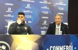 Ariel Holan y una frase contundente al iniciar la conferencia de prensa y responder sobre su continuidad en Independiente.